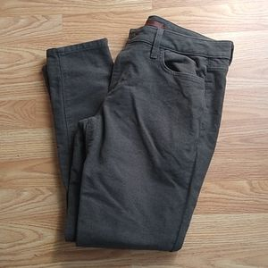 Ankle pants